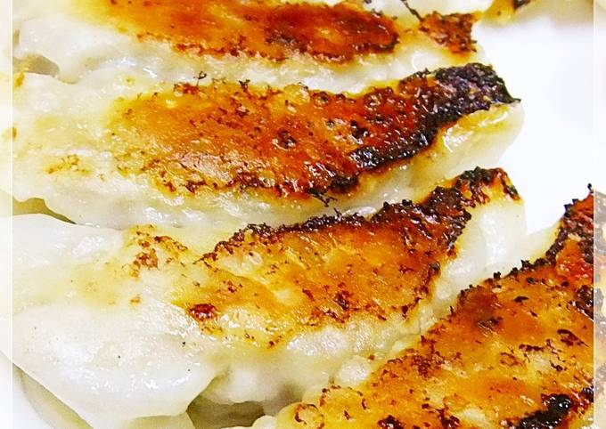 Garlic and Vegetable Energy-boosting Gyoza Dumplings