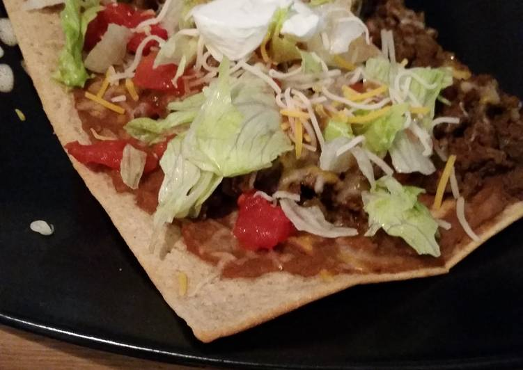 Recipe: Divine Skinny taco pizza