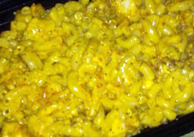 Recipe: Tasty Buffalo Chicken Mac & Blue Cheese