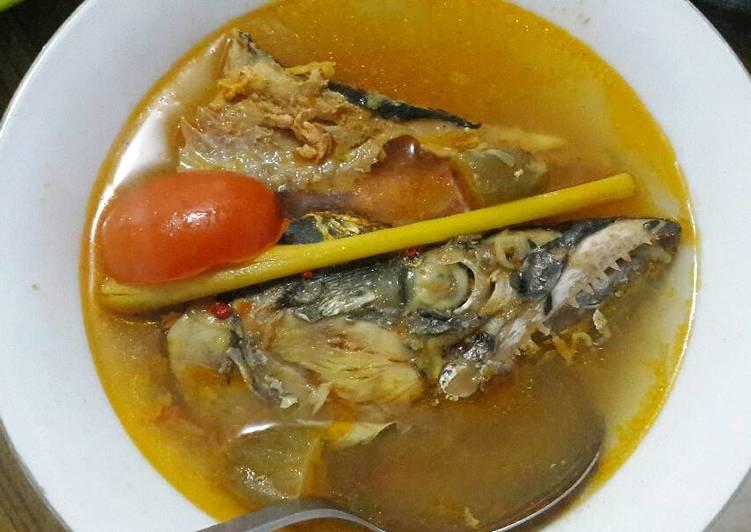 Rajang ikan laut (sop ikan)
