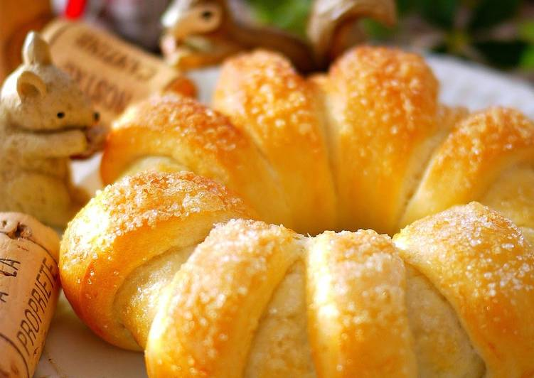 Cute Ring Shaped Bread with Chocolate and Walnuts in a Bread Maker