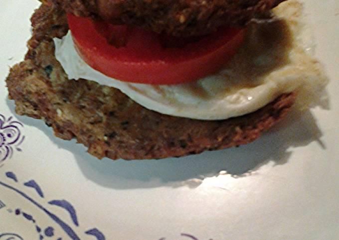 Tuna and tomato sandwich