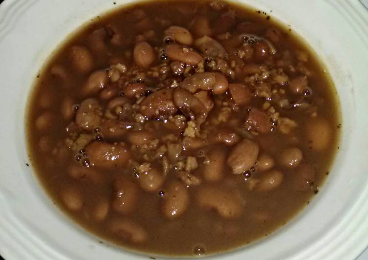 5 Minute Recipe of Favorite Thomas' slow cooked beans