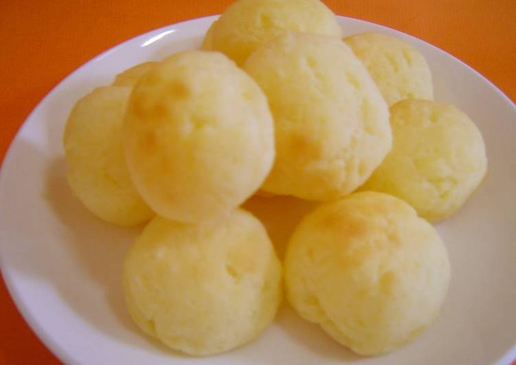 Step-by-Step Guide to Make Perfect Pao De Queijo with Potato Starch