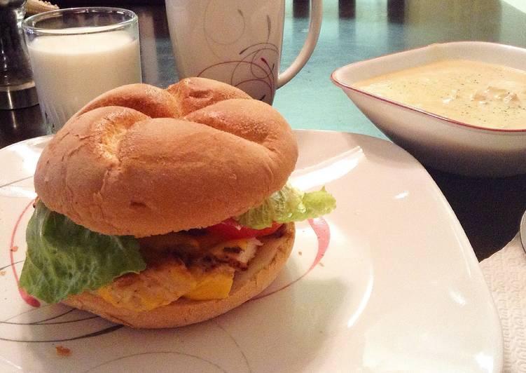 Cheesie Chicken Delishisness Sandwich