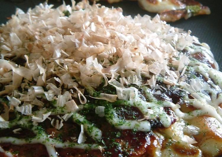 Steps to Prepare Speedy Our Family Recipe for Fluffy and Creamy Okonomiyaki