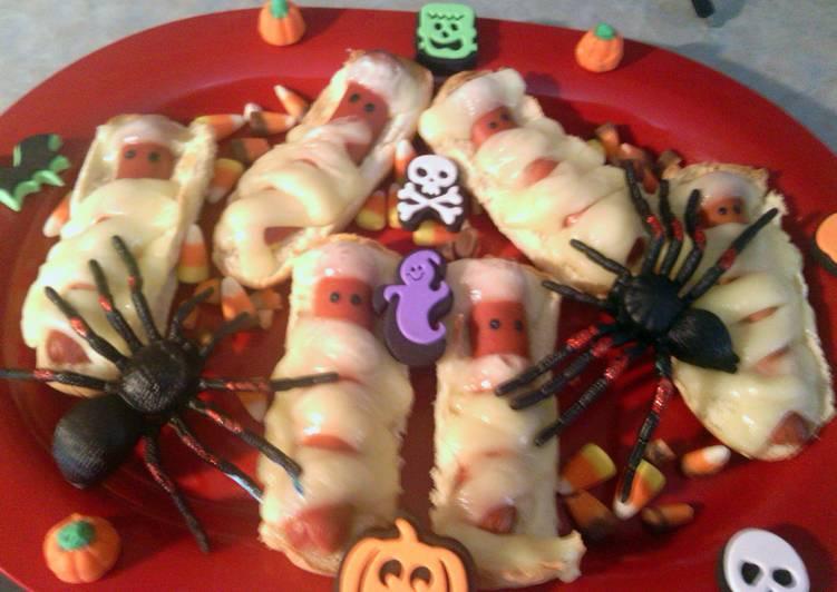 The Best Way to Make Perfect halloweenies mummies