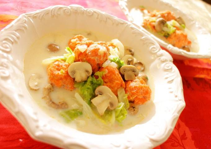Cream Soup Of Salmon Balls, Chinese Cabbage And Mushroom