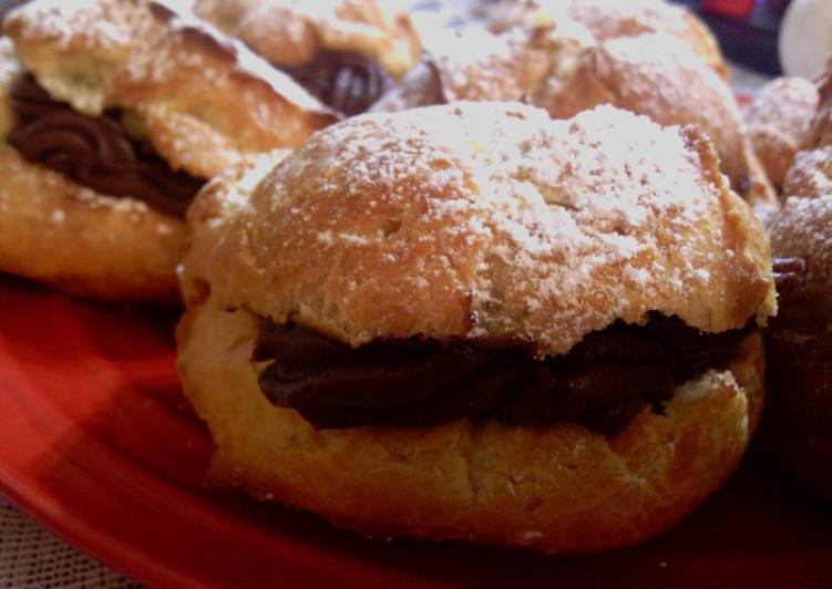 How to Prepare Appetizing Sunshines chocolate cream puffs