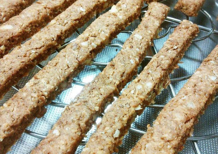 How to Make Perfect Crunchy Macrobiotic Cinnamon Nut Snack Sticks
