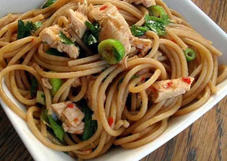 Chicken Noodles by Aishi