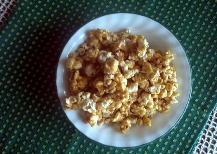 Steps to Make Homemade Caramel Corn