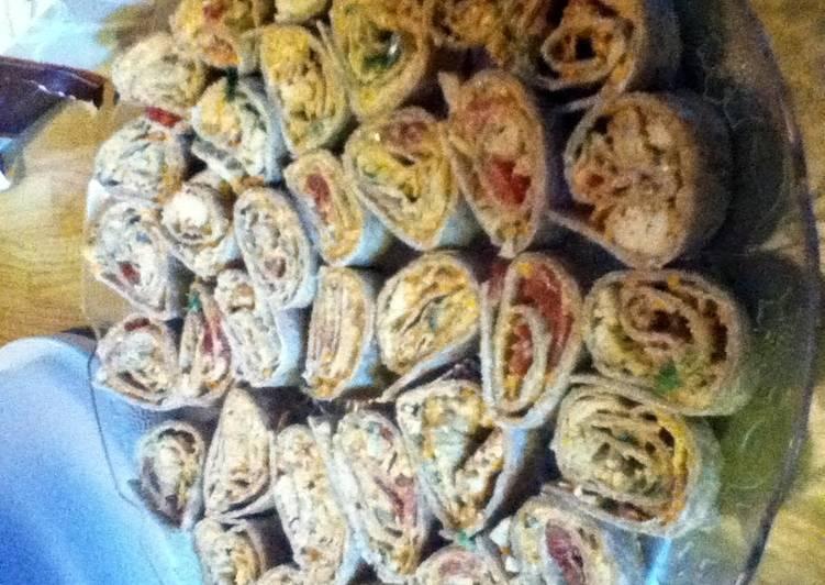 Steps to Make Award-winning Chicken Enchilada Dip Roll-ups
