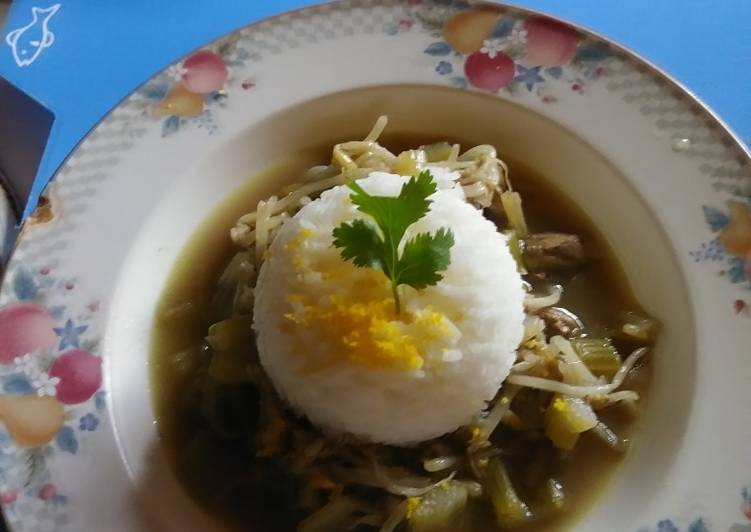 American Chop Suey with White Rice