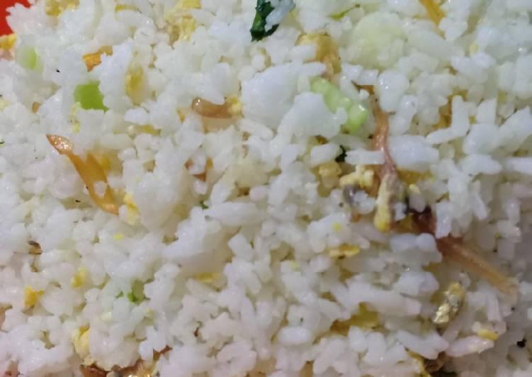 Resep Nasi goreng kampung praktis & murah Bikin Laper