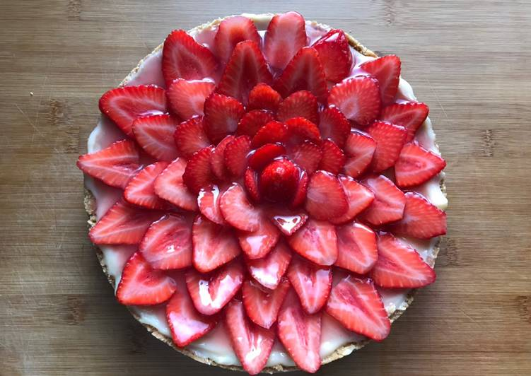 Tarta de fresas y crema pastelera 🍓🥰