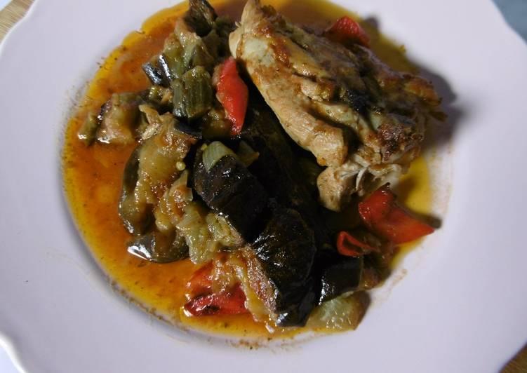 Tempting Oven Baked Chicken & Aubergines (Kotopoulo me Melitzanes sto fourno)