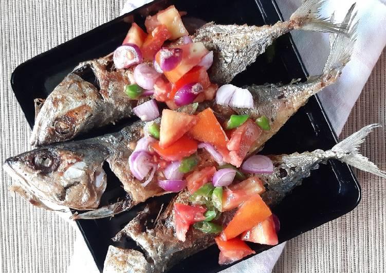 Ikan Kembung Goreng Siram Sambal Dabu-dabu
