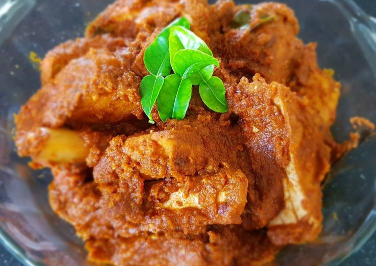 Steps to Prepare Most Popular Tahu Merah Masak Pedas (Spicy Red Tofu in Seasoning)