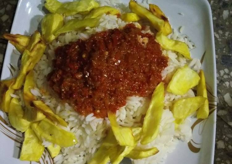Easiest Way to Make Perfect Rice and stew with fried sweet potatoes