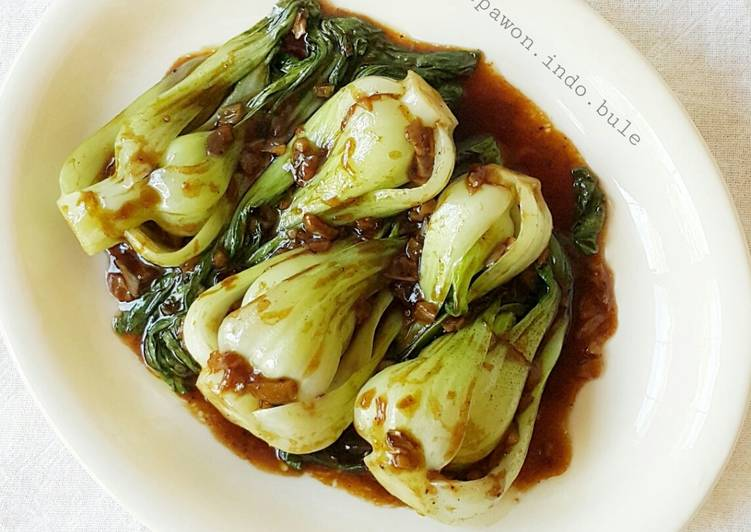 Baby Bok Choy Stir Fry with Oyster Sauce