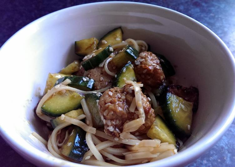 10 Minute How to Prepare Award Winning Sophie's cold honey sesame meatball noodles