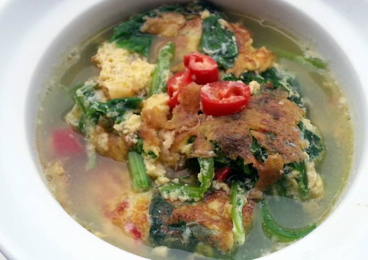 Recipe: Appetizing Spinach Omelette Soup