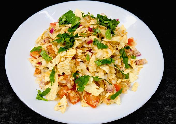 How to Make Any-night-of-the-week Papad poha (evening snack)