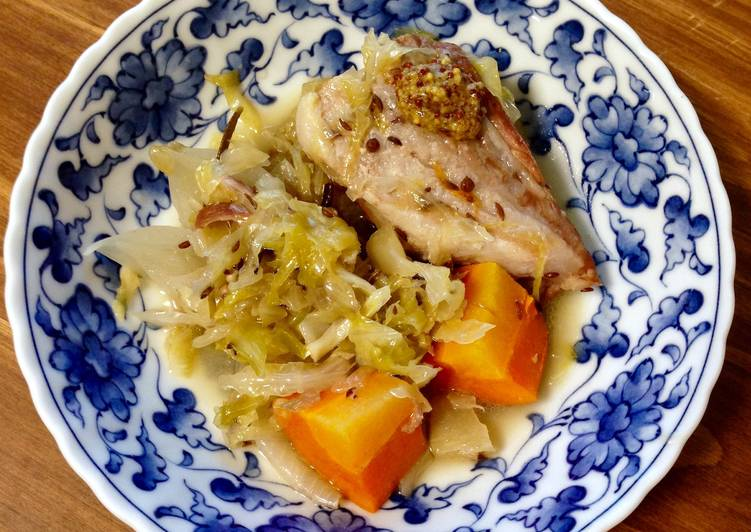 Recipe of Award-winning German-style Braised Pork and Sauerkraut