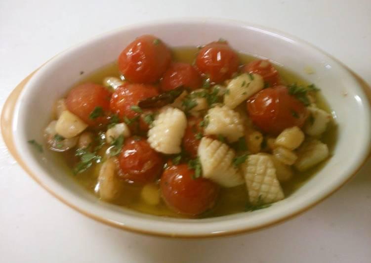 Recipe of Super Quick Homemade Easy Seafood & Cherry Tomato Ajillo