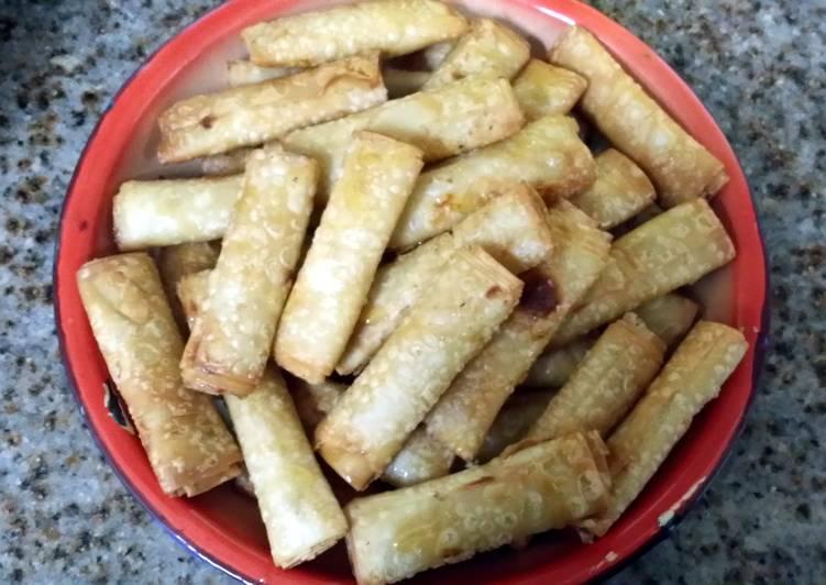 Sweet honey cream cheese roll ups