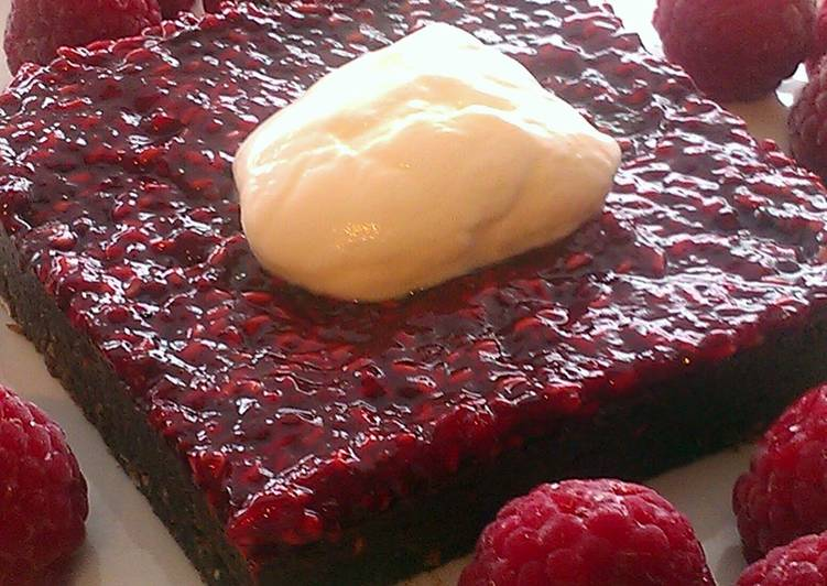 Vickys Double Chocolate & Raspberry Squares GF DF EF SF NF VEGAN