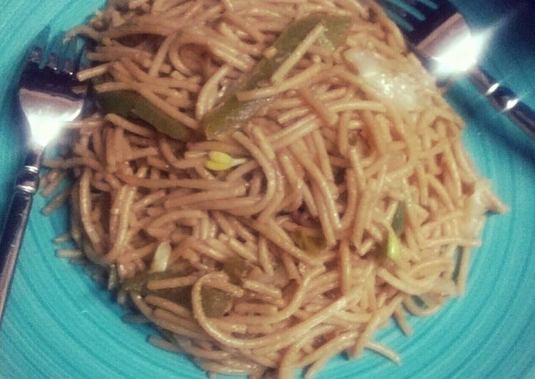 Fast homemade chow mein