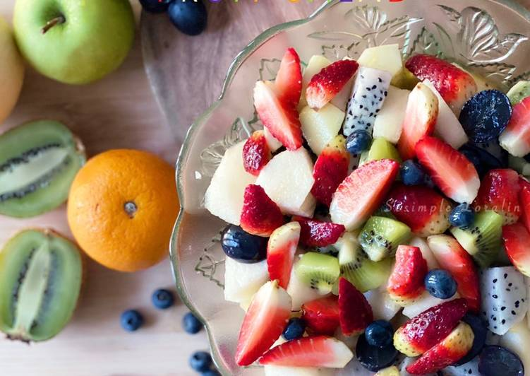 Orange Vanilla Glazed Fruit Salad