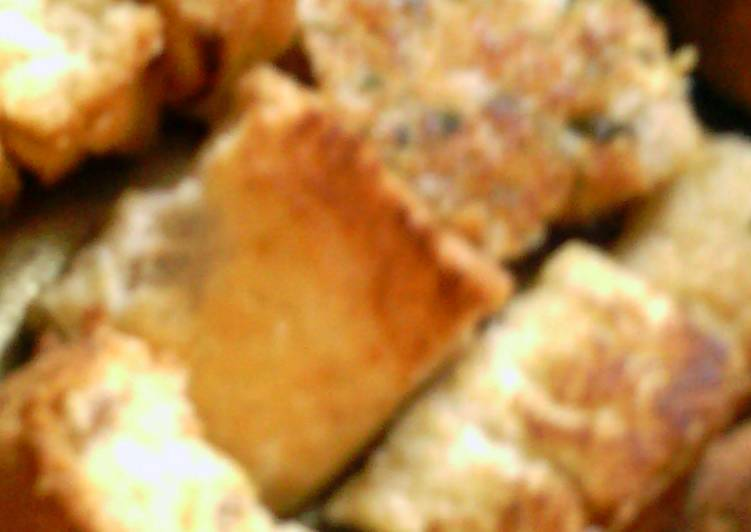 How to Prepare Yummy grilled-cheese croutons