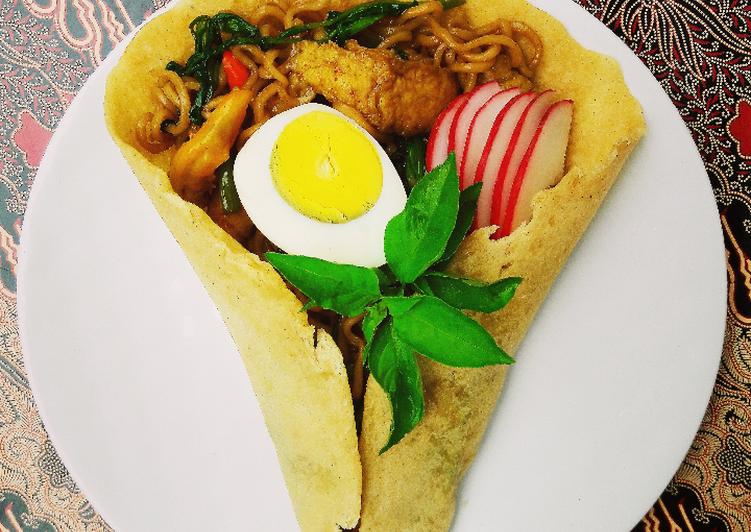 Kebab Special (Isi Mie Ayam Goreng)