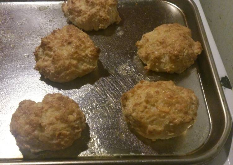 Cheddar Garlic biscuits