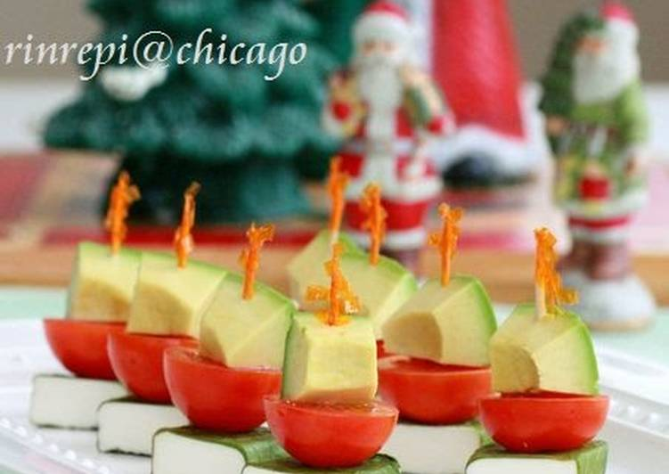 Christmas Color Pincho Veggies & Cheese
