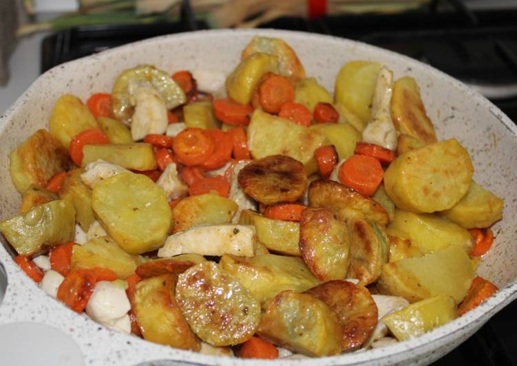 Poêlée pommes de terre, carottes, poulet