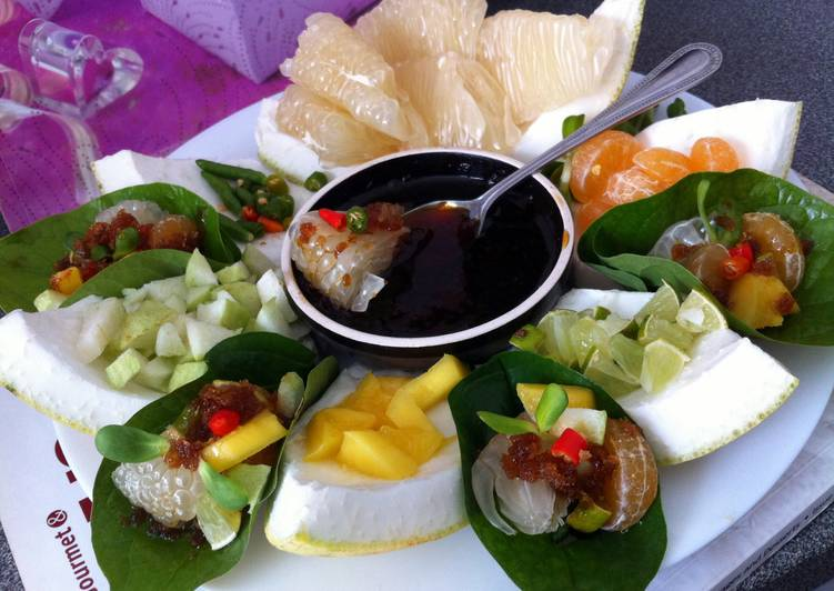 5 Minute How to Prepare Diet Perfect Kanya's Aroma Pomelo And Fruits Appetizer..Miang Kham..
