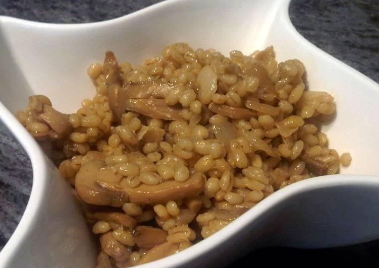 Barley and Mushroom Dish - Healthy & Vegan!