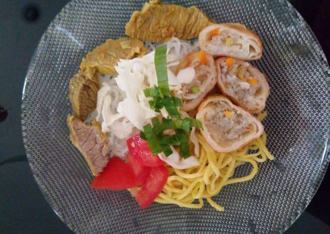 Noodles Soto with Spring Rolls