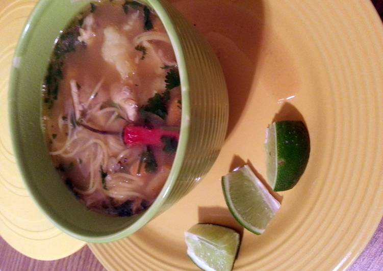 Consume These 15 Superfoods to Go Green for Better Health, Spanish home-made Chicken Noodle Soup (sopa de Pollo)