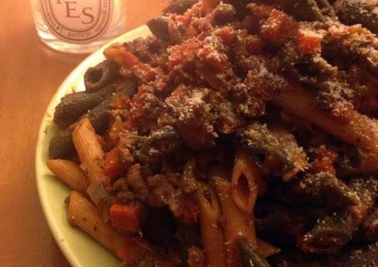 Bolognese with pene