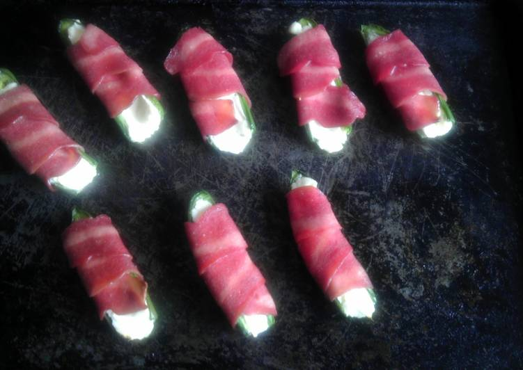 Recipe of Quick Low Fat Jalepeno Poppers