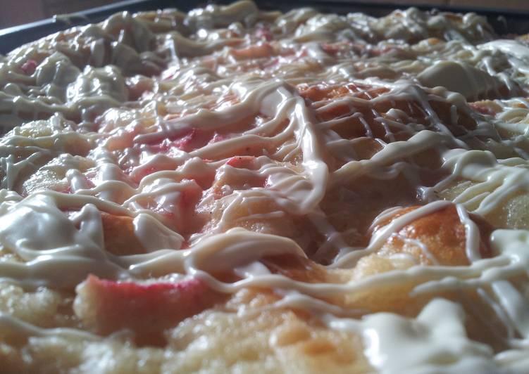 Easiest Way to Prepare Appetizing Rhubarb-vanilla-cake