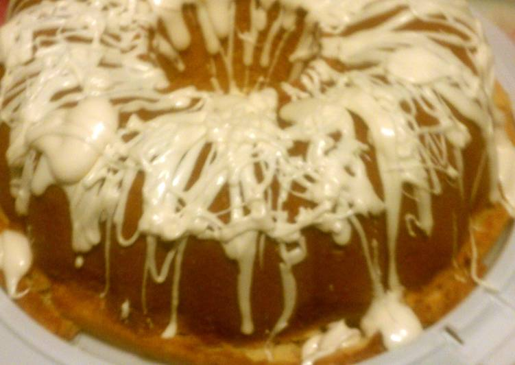Southern Livings Cream cheese pound cake