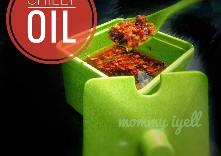chilli-oil-simple-way