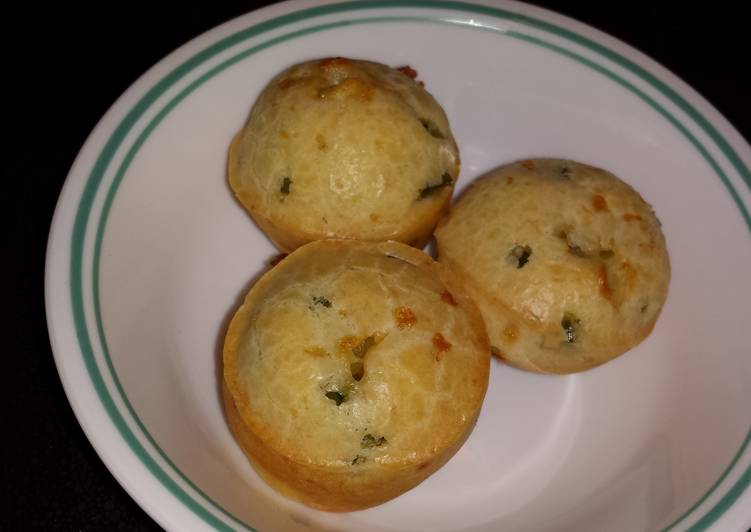 Recipe: Tasty Brazilian blender cheese puffs