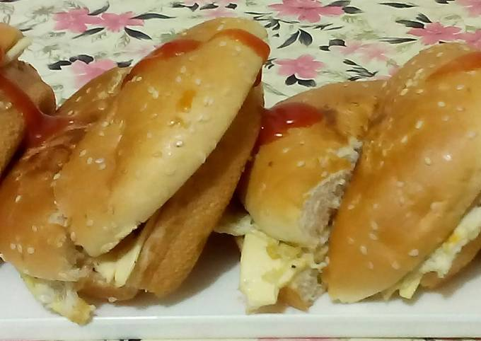 Easiest Way to Prepare Homemade Burger for kids Lunch